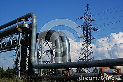 Tuberías industriales y líneas eléctricas eléctricas