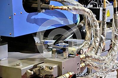 Tubulação e adaptador no equipamento