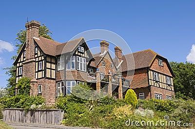 Tudor дома