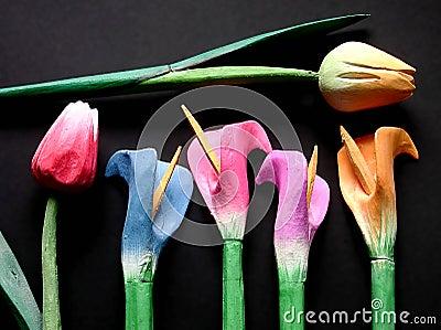 Tulipany drewniane