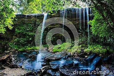 Tum Tan-ni cascada, de Tham cascada tan Nuea, agua corriente, fal