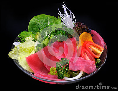 Tuna (Bluefin) and vegetables salad