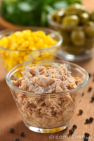 Tuna in Glass Bowl