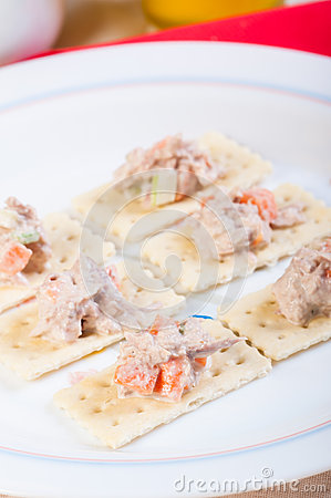 Tuna salad on crackers