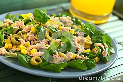 Tuna, Sweetcorn and Olive Salad