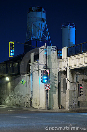 Tunnel of the death, Montreal, Canada (2)