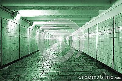 Tunnel piétonnier