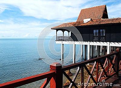 Turismo de Eco - balneario con el panel solar