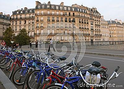 Turismo verde en París Imagen de archivo editorial
