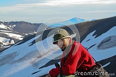 Turist-photographer. Kamchatka.