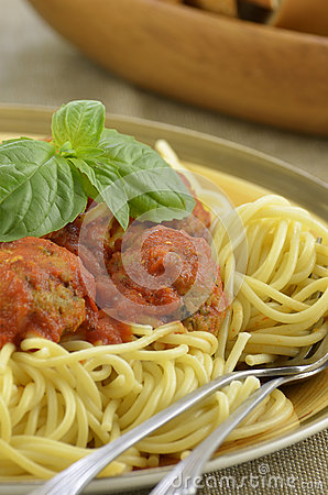 Turkey meatball spaghetti dinner