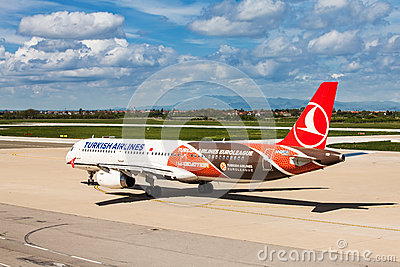 Turkish Airlines preparing to take off at Zagreb Airport, Croatia Editorial Photo