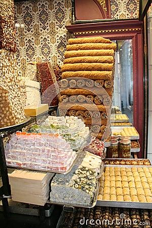 Turkish locum and baklava dessert