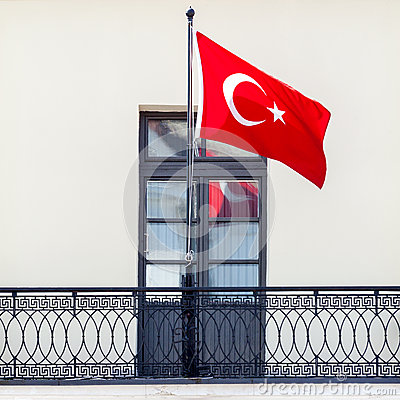 Free Turkish National Flag Waving In The Wind Stock Photo - 72385980