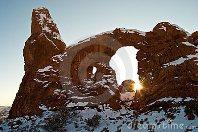 Turret Arch with emerging sun