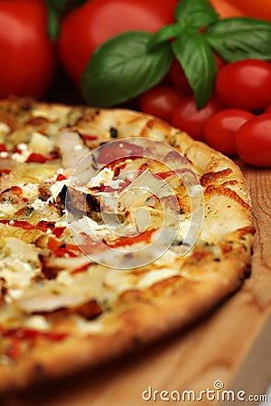 Tuscan pesto pizza