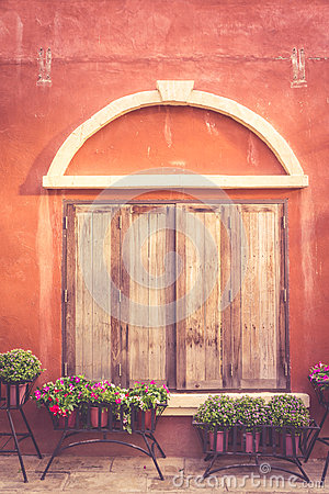 Free Tuscany Wooden Window On Orange Old Wall Royalty Free Stock Photography - 64977927