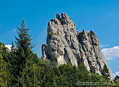 Tustan Rocks