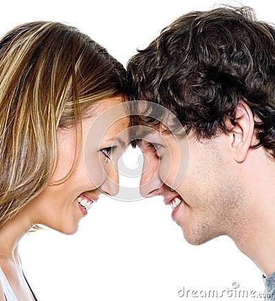 Twee jonge mensen het dateren