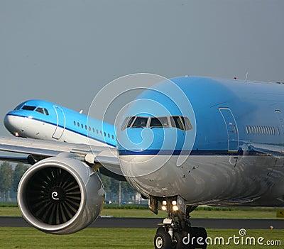 Twee vliegtuigen