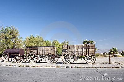 Twenty-mule team wagons