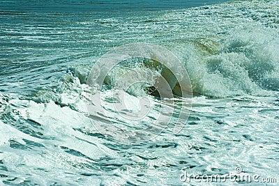 The twirled sea wave