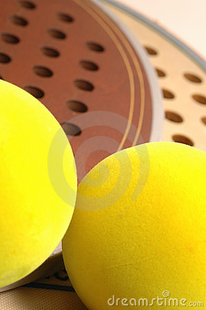 Free Two Balls And Paddles Royalty Free Stock Photos - 456028