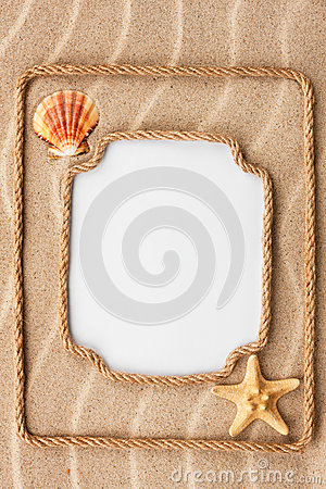 Free Two Beautiful Frame Made Of Rope And Sea Shells With A White Bac Royalty Free Stock Photo - 52602205