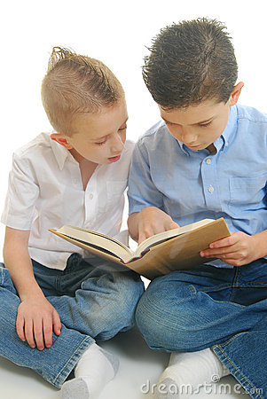 Free Two Boys Reading Book Royalty Free Stock Images - 13543439