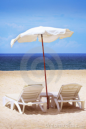 Free Two Chairs And Umbrella Stock Photography - 11966712