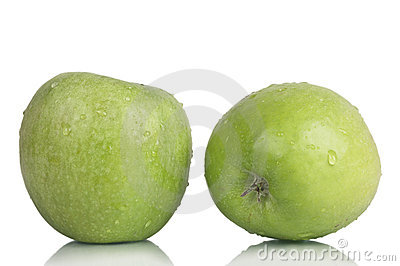 Two crunchy apples