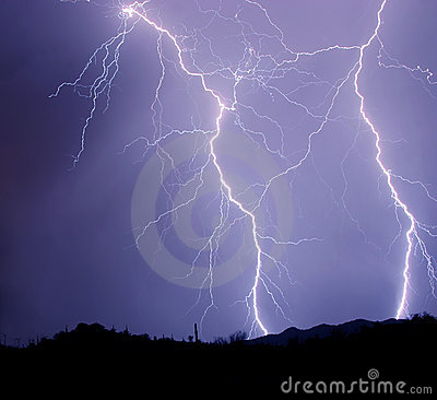 Free Two Detailed Lightning Strikes Stock Image - 2739881