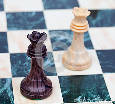 Two faced queens Wooden chess pieces