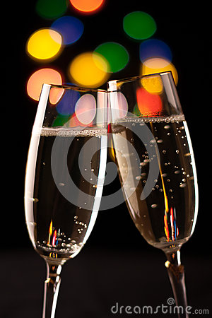 Free Two Glasses Of Champagne Royalty Free Stock Photos - 35857498