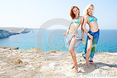 Two hot women