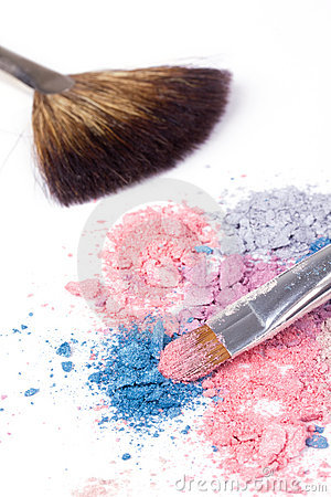 Two make-up brush on crumbled eyeshadows