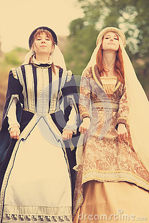 Free Two Medieval Ladys Stock Photography - 31407822