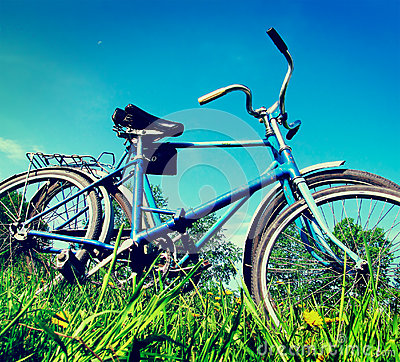 Free Two Old Bicycle Stock Image - 35291381