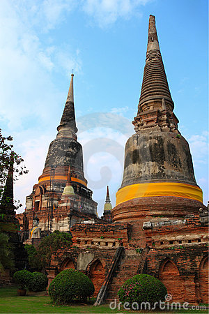 The two old stupa