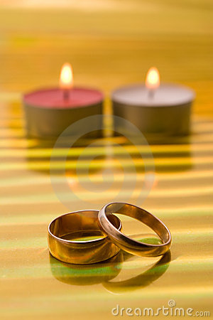 Two ring and  candle