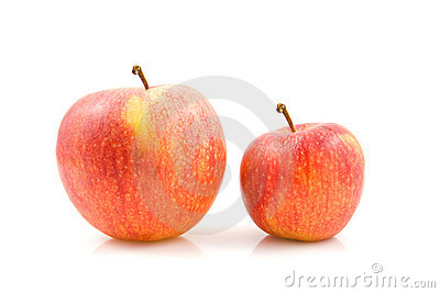 Two sizes of apples