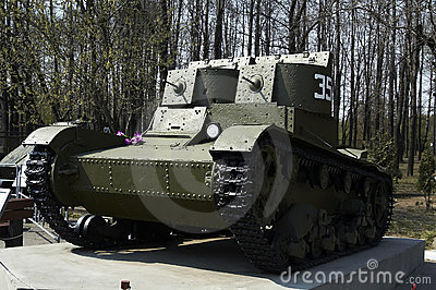 The two-turret light tank