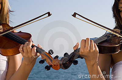 Two violin player