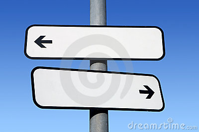 Two way blank signpost.