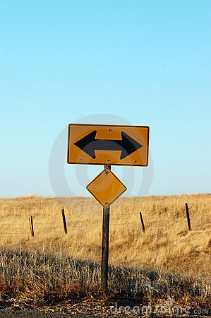 Free Two Way Sign Stock Photography - 16371362