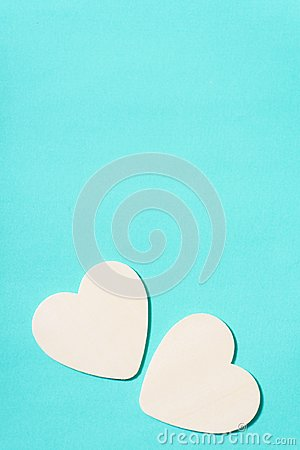 Free Two White Hearts On Green Pastel Background Stock Photography - 109163642