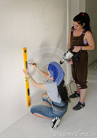 Free Two Women Renovating A House Royalty Free Stock Photo - 32076065