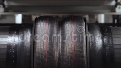 Tworzyć opony maszynę w akci zdjęcie wideo