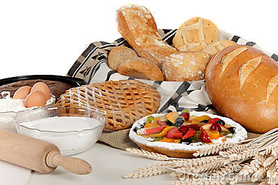 Type of bread, fruits pie, ingredients