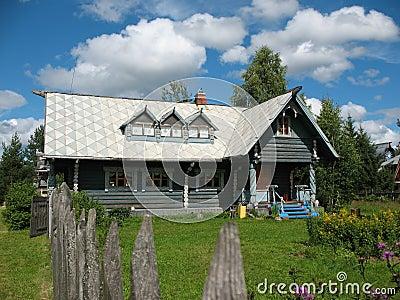type russe maison en bois photos libres de droits image 6249908. Black Bedroom Furniture Sets. Home Design Ideas